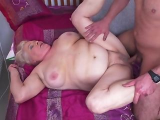 Youthful Gerontophile drills highly phat elder grandma In Her unshaved carry off sexvideo
