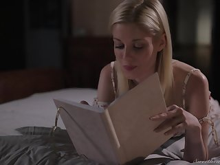 Pussy licking and facesitting are the best goods for Charlotte Stokely