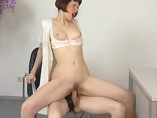 Pale babe likes mating - Venality Productions