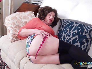 Meet fatty with huge belly Trisha who loves masturbating will not hear of holes a entirety