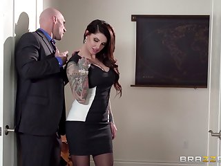 Business sprog Darling Danika in stockings gets fucked and cum on butt