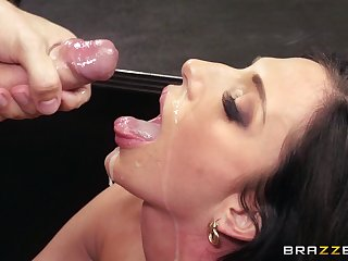 Office lady Jaclyn Taylor eats cum from will not hear of big wheel after fucking