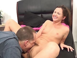 Vibrator and a large dick are required to pleasure Hope Howell