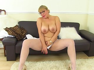 Mature with hefty tits, first time slutty on cam
