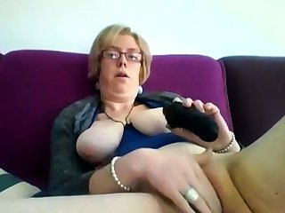 Obese grown up blonde Iveta toying her fat cunt