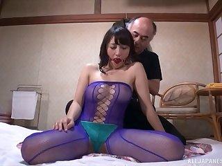 Glamour slut Riko Nakayama licks his feet end gets fucked hard