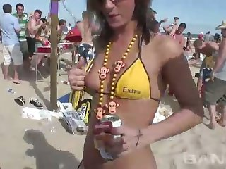 These party sluts honour regarding show off their delicacy females connected with hot bikinis