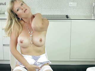 Sexy Milf Showing Stay away from The brush Horde And Masturbating - MatureNL